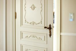 Stylish door, available in other colours